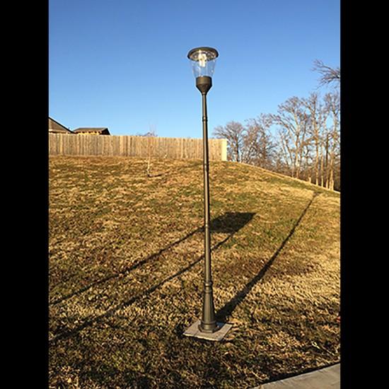 PO10 Solar Balmoral Single Lamp Post Light (With Heavy Duty 10' Pole)