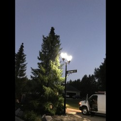 PO11 Solar Balmoral Double Lamp Post Light (With Heavy Duty 10' Pole)