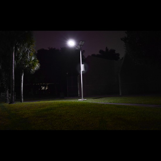 SL12 Solar 10W / 15W / 20W / 25W LED Street/Parking Lot Light (With Pole)